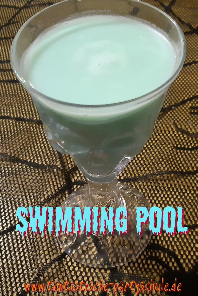 Halloween Cocktail Swimming Pool