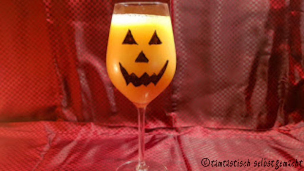 für Halloween bemaltes Glas (gefüllt)